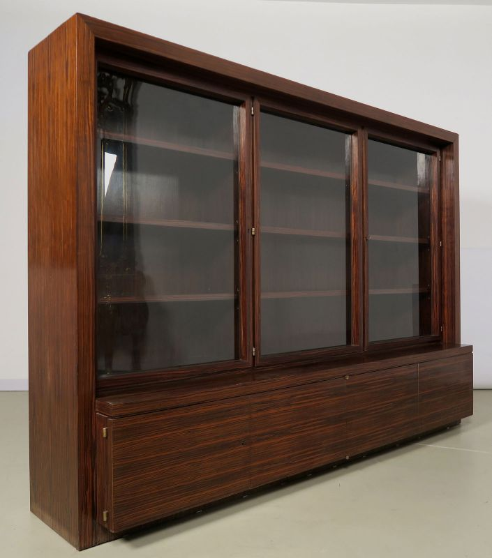Funktionaler, eleganter Bauhaus Bücherschrank aus Macassar Antik Kolosseum 2
