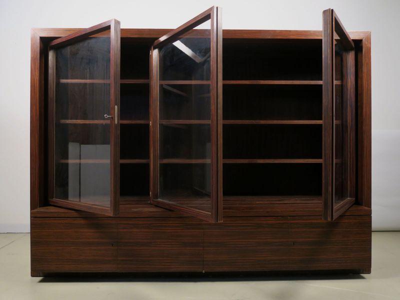Funktionaler, eleganter Bauhaus Bücherschrank aus Macassar Antik Kolosseum 3