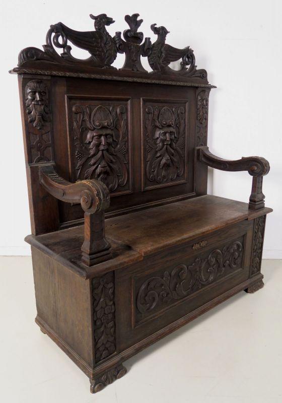 Truhenbank mit schönen Schnitzereien gefertigt um 1890 Antik Kolosseum 3