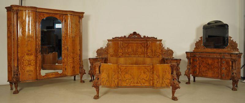 Prunk Schlafzimmer Aus Der Neorenaissane Gefertigt Um 1920 Antik Kolosseum 0