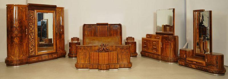 Extravagantes französisches Art Deco Schlafzimmer Antik Kolosseum