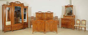 Seltenes 8-teiliges Jugendstil Schlafzimmer aus Mahagoni Antik Kolosseum