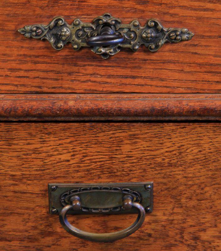 Gründerzeit Nähkästchen gefertigt um 1900 aus Eichenholz Antik Kolosseum 7