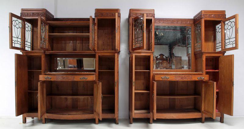 Zwei schöne Jugendstil Buffets mit wunderschönen Glasarbeiten Antik Kolosseum 2