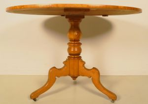 Schöner Louis Philippe Beistelltisch aus Birkenholz Antik Kolosseum