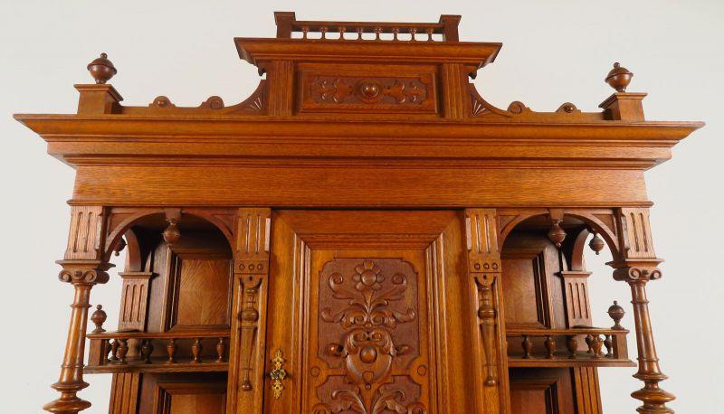 Gründerzeit Buffet aus Eiche mit Vollsäulen Antik Kolosseum 4