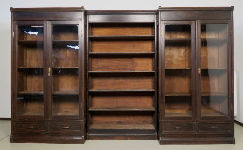 Jugendstil Bücherwand / Bibliothekschrank zwei Vitrinen/ein RegalAntik Kolosseum
