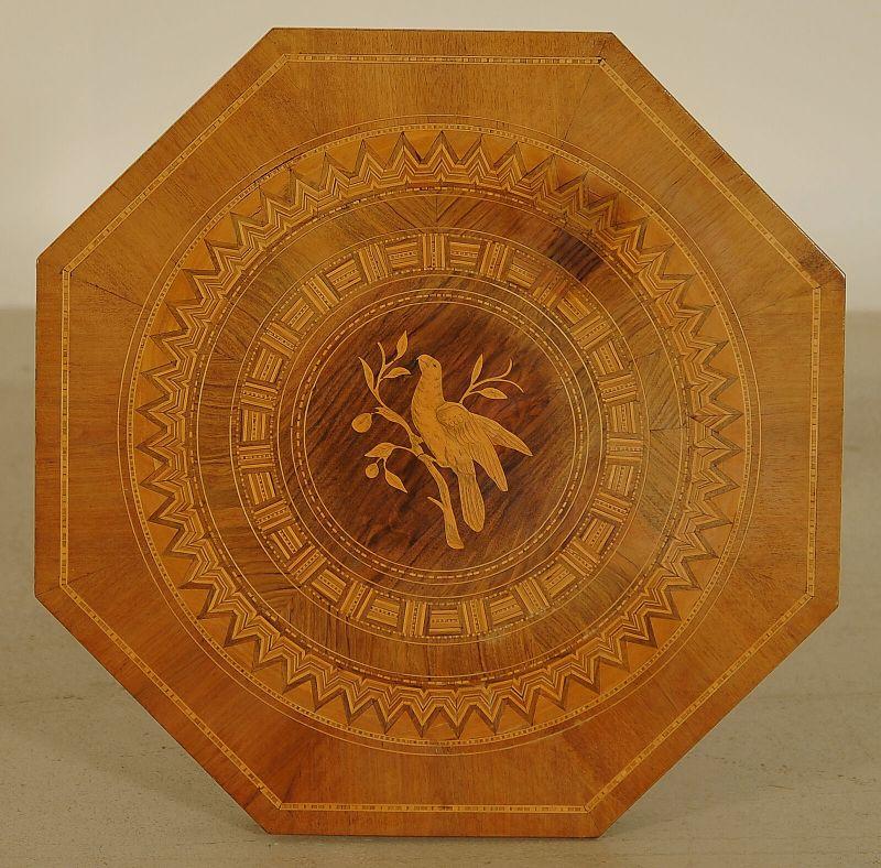 Wunderschöner achteckiger Gründerzeit Tisch aus Kirschholz Antik Kolosseum 3