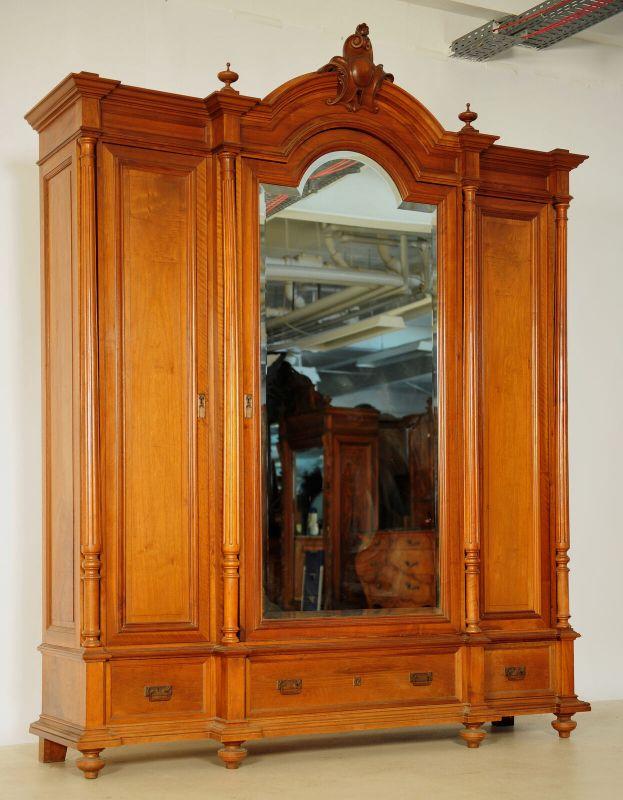 Schöner Gründerzeit Kleiderschrank mit facettierten Spiegel Antik Kolosseum 1