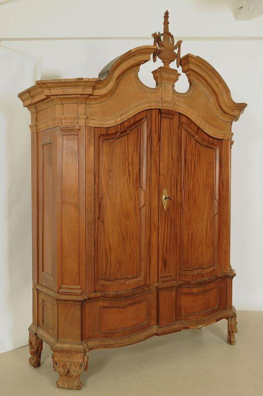 Seltener riesiger Barock Kleiderschrank aus Mahagoni Antik Kolosseum 1