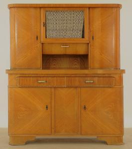 Praktischer Art Deco Küchenschrank aus Eschenholz Antik Kolosseum