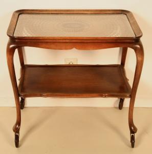 Schöner Chippendale Teewagen mit Rattangefelcht Antik Kolosseum