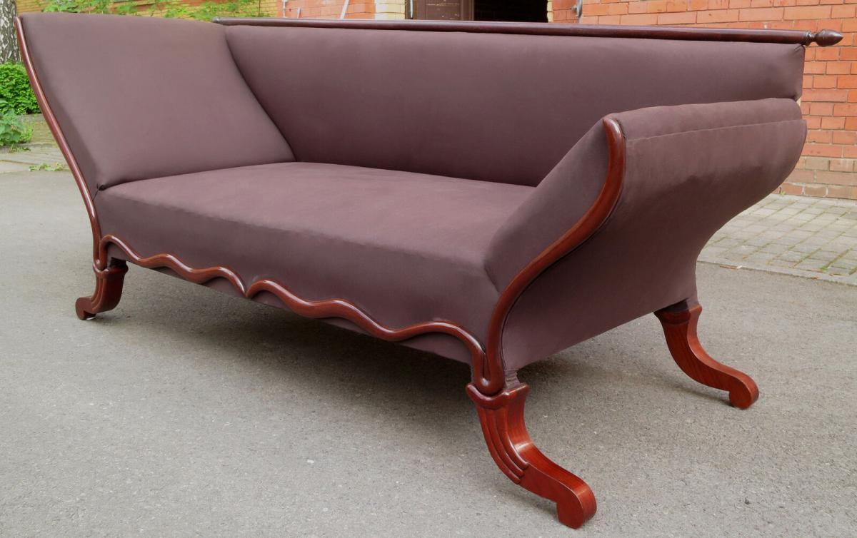 Elegante Mahagoni Biedermeier Chaiselongues / Ottomane / Sofa Antik Kolosseum 3