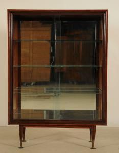 Elegante Designer Vitrine aus Palisanderholz mit Glasböden Antik Kolosseum