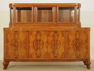 GeArt Deco Anrichte aus Nussbaum gefertigt um 1930 Jahren Antik Kolosseum
