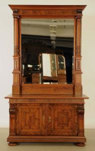 Restaurierte Nussbaum Prunk Kommode mit Spiegelaufsatz Antik Kolosseum