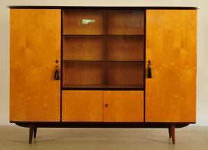 Designer Wohnzimmerschrank aus den 60iger Jahren Antik Kolosseum