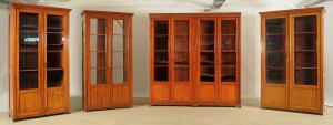 Vierteilige Jugendstil Bibliothek / Bücherschrank aus Weichholz Antik Kolosseum