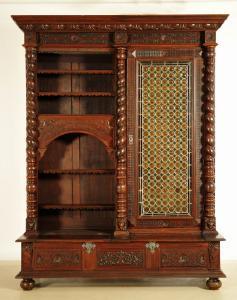 Bücherschrank aus dem Danziger Barock mit Zopfsäulen Antik Kolosseum