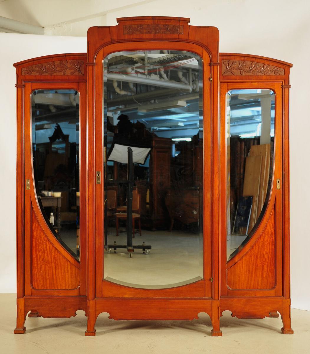 9 Teiliges Pariser Jugendstil Schlafzimmer Aus Mahagoni Um 1900 Antik Kolosseum Nr 392638853181 Oldthing Schlafzimmer