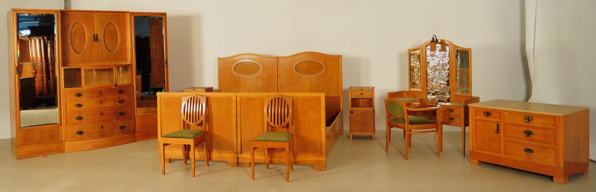 Außergewöhnliches Jugendstil Schlafzimmer aus Birkenholz Antik Kolosseum 1