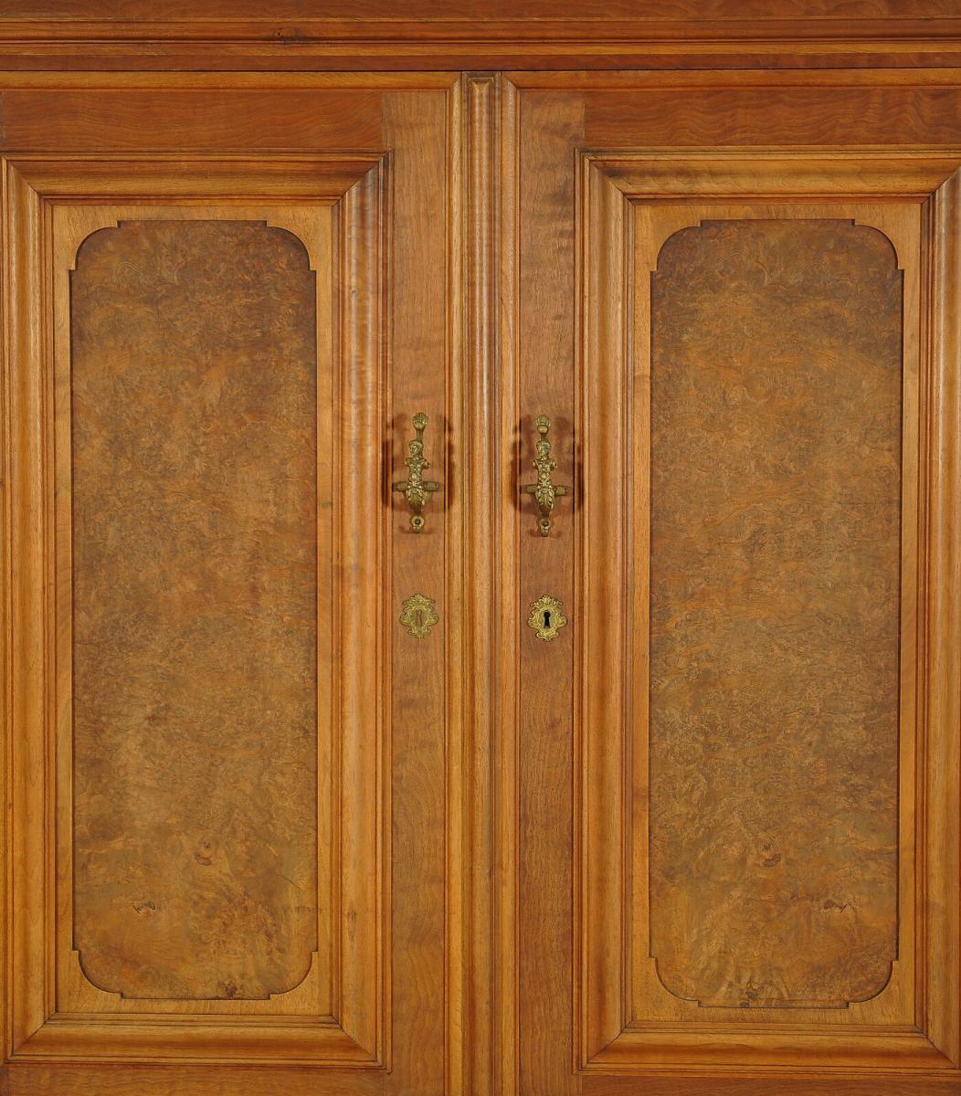 Gründerzeit Dielenschrank / Kleiderschrank mit schönen BeschlägenAntik Kolosseum 3