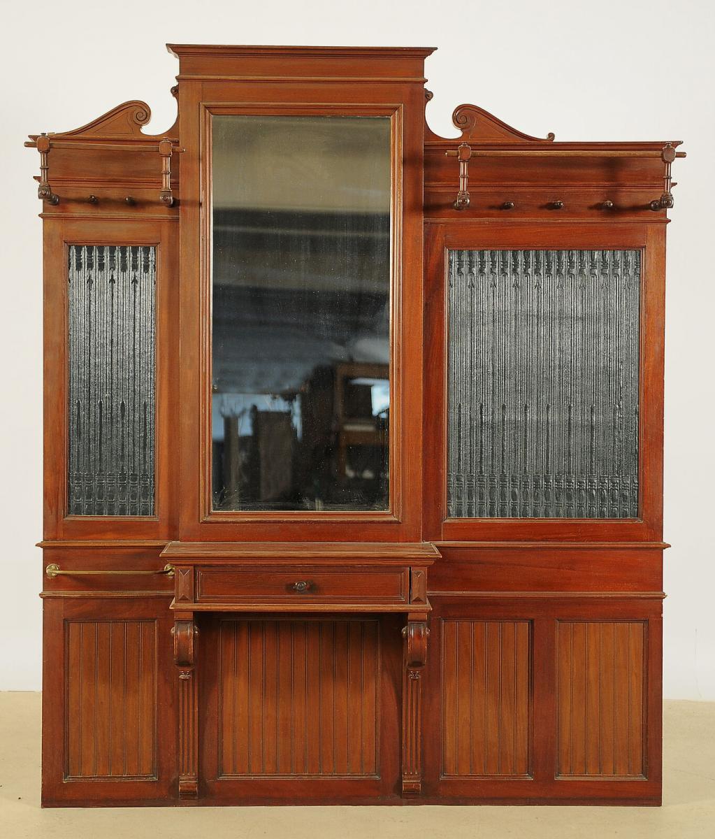 Gründerzeit Garderobe aus Nussbaum in asymetrischer Form Antik Kolosseum 0