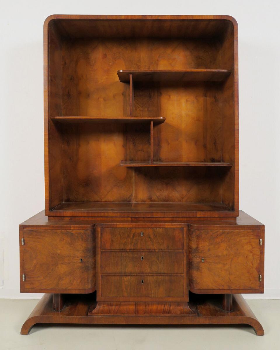 Eleganter Bücherschrank aus dem stilvollen Art Deco Antik Kolosseum 1
