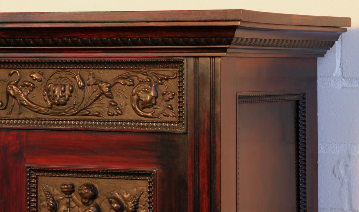 Gründerzeit Nussbaum Kabinettschrank mit schönen Schnitzereien Antik Kolosseum 5