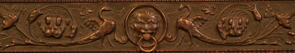 Gründerzeit Nussbaum Kabinettschrank mit schönen Schnitzereien Antik Kolosseum 7