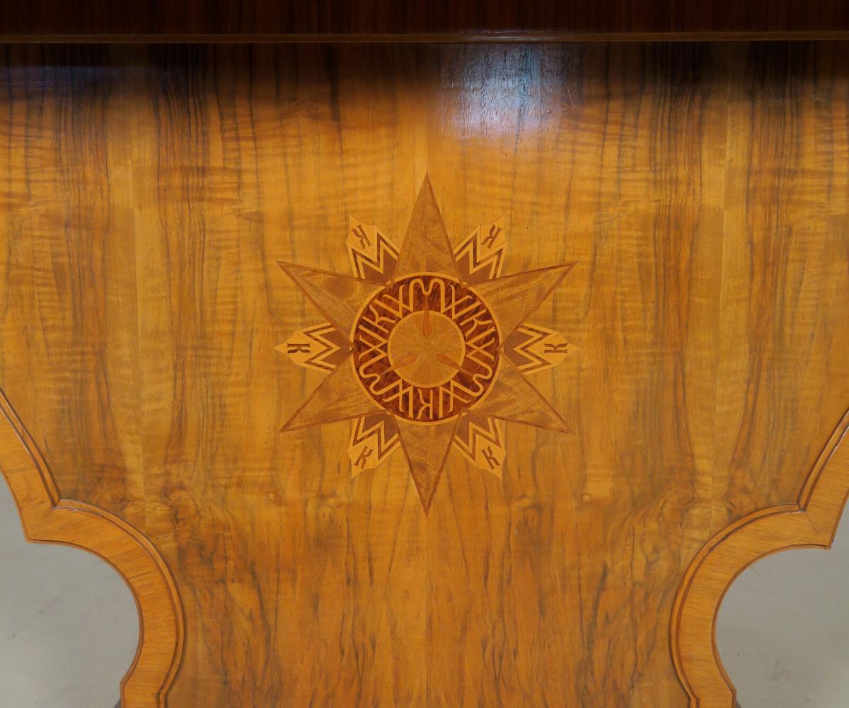 Einzigartiger Schreibtisch mit Auszugsplatten und Intarsien Antik Kolosseum 9