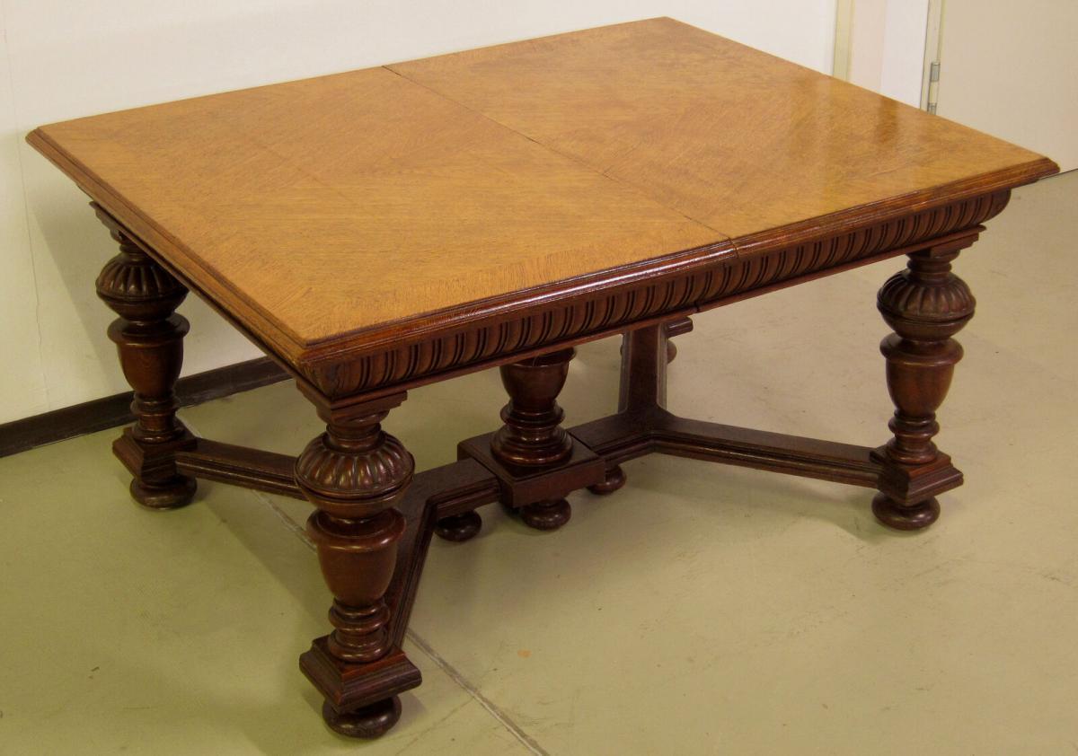 Gründerzeit Auszieh- Esstisch mit fünf gedrechselten Füßen Antik Kolosseum
