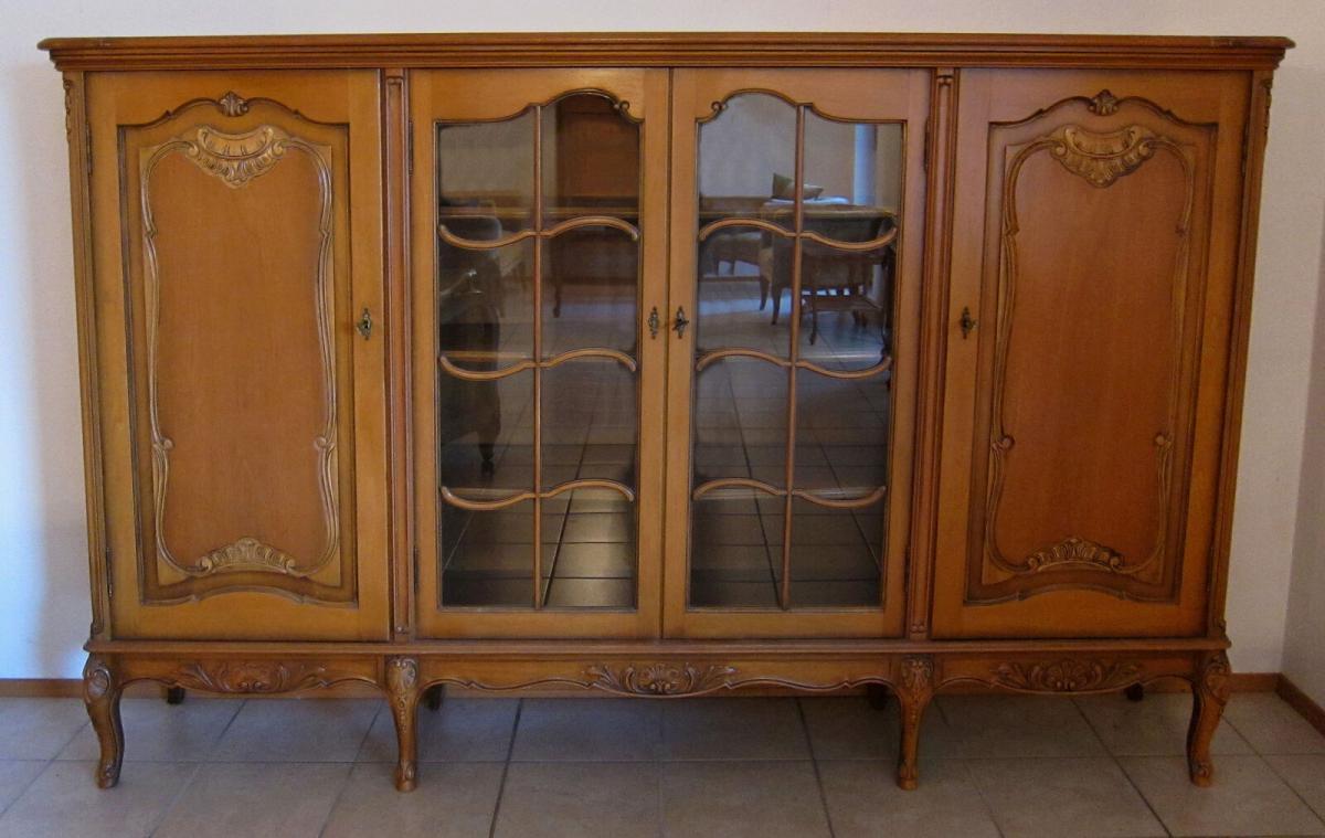 Praktische viertüriges Chippendale Highboard / Wohnzimmerschrank Antik  Kolosseum