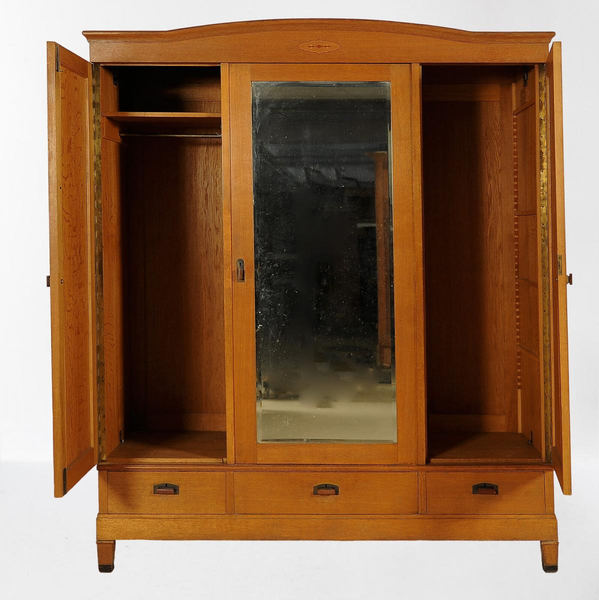 Großer dreitüriger Jugendstil Kleiderschrank aus Eichenholz Antik Kolosseum 2