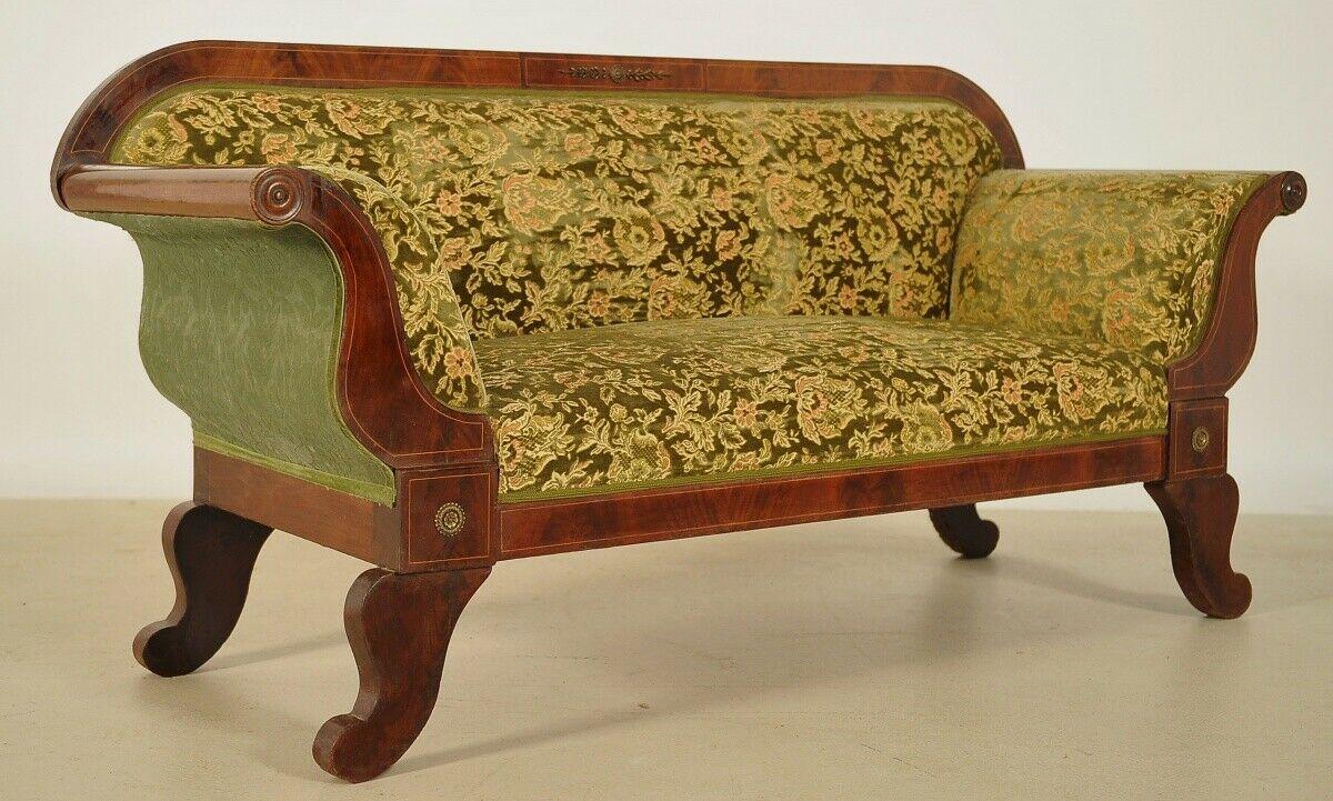 Elegantes Biedermeier Sofa mit Intarsien und Bronzemedallions Antik Kolosseum 1