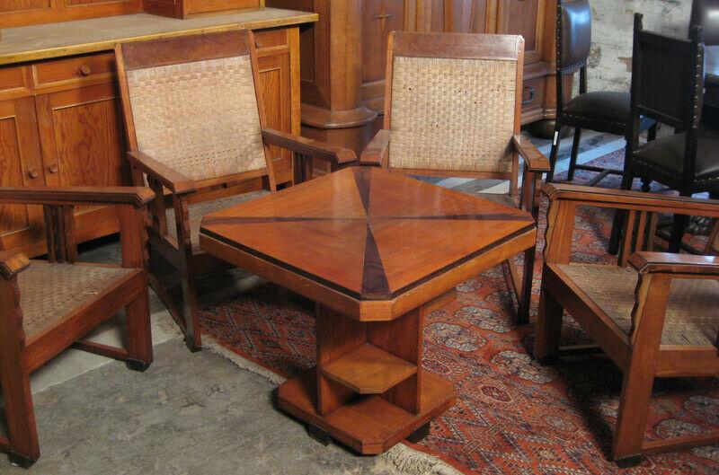 Nussbaum Sitzguppe des Pariser Art Deko Vier Armlehner und Tisch Antik Kolosseum 1