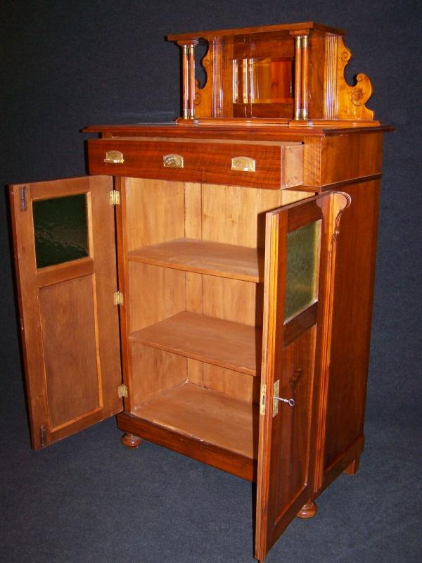 art deco vertiko aus nu baum mit aufsatz um 1910 aus diverses. Black Bedroom Furniture Sets. Home Design Ideas