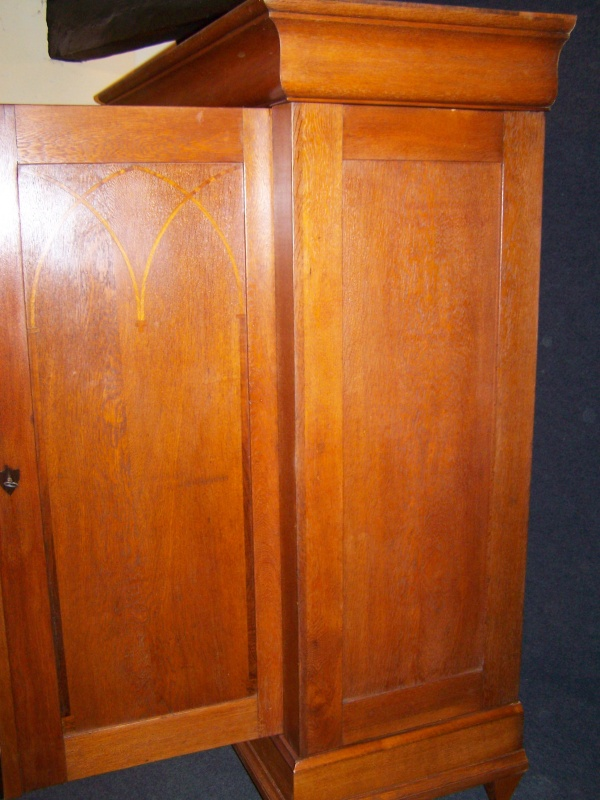 biedermeier schrank aus massiv eiche um 1810 nr 191702354470 oldthing andere zimmer. Black Bedroom Furniture Sets. Home Design Ideas