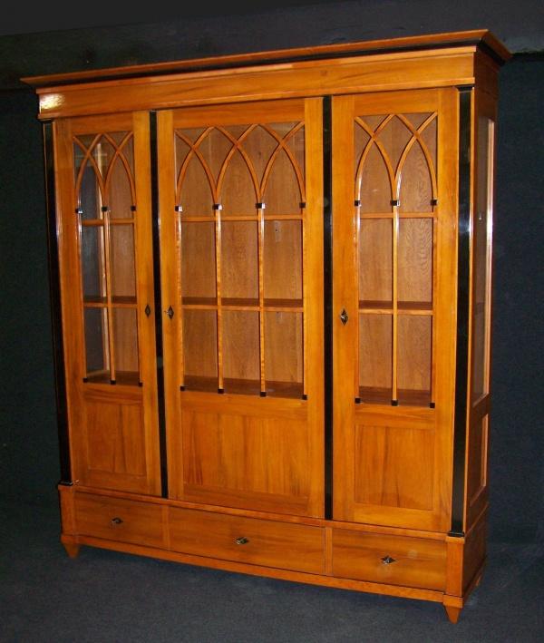 biedermeier ii zeit vitrine um 1900 aus obstholz fachm nnisch. Black Bedroom Furniture Sets. Home Design Ideas