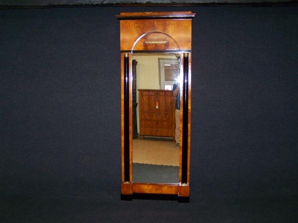 Biedermeier Spiegel aus Kirschbaum um 1830