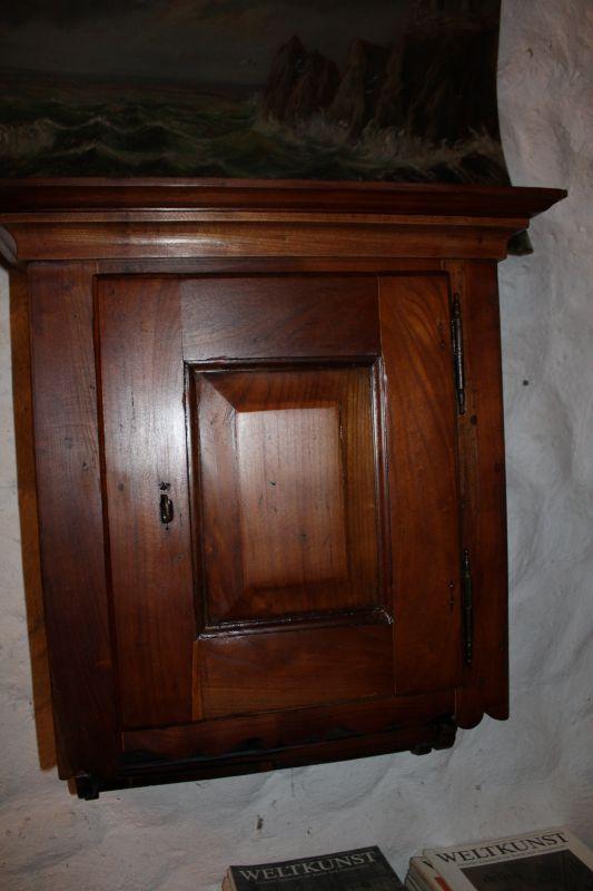 h ngeschr nkchen wandschr nkchen oldthing sonstiges. Black Bedroom Furniture Sets. Home Design Ideas