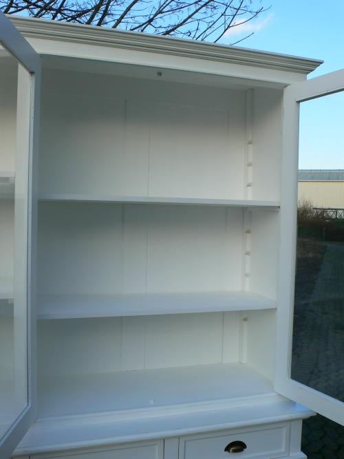 ladenschrank ladenwand ladeneinrichtung b chervitrine wei. Black Bedroom Furniture Sets. Home Design Ideas