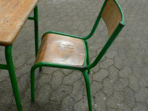 Schulbank mit Stuhl aus Pariser Schule Frankreich um 1950 Jhd. 7