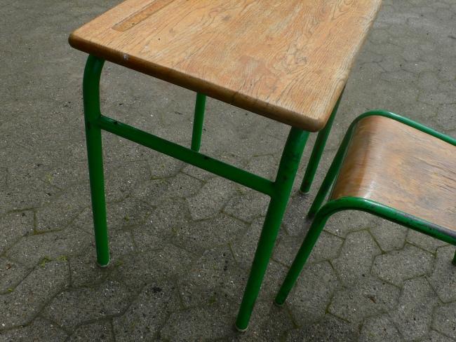 Schulbank mit Stuhl aus Pariser Schule Frankreich um 1950 Jhd. 8