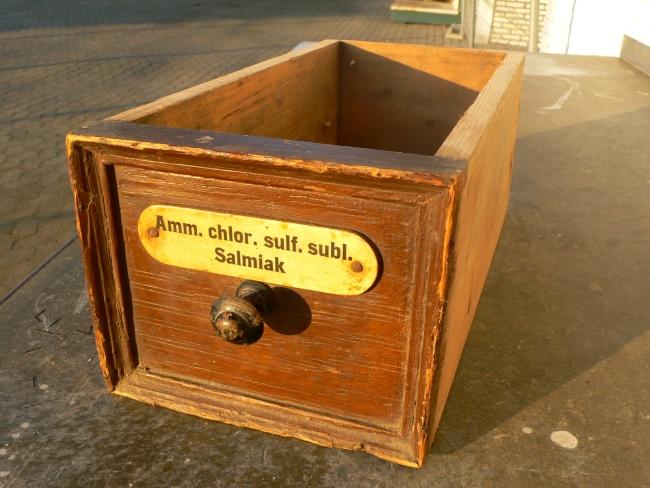 Schublade antik Apotheke Drogerie Loft Industriedesign um 1900 Jhd.