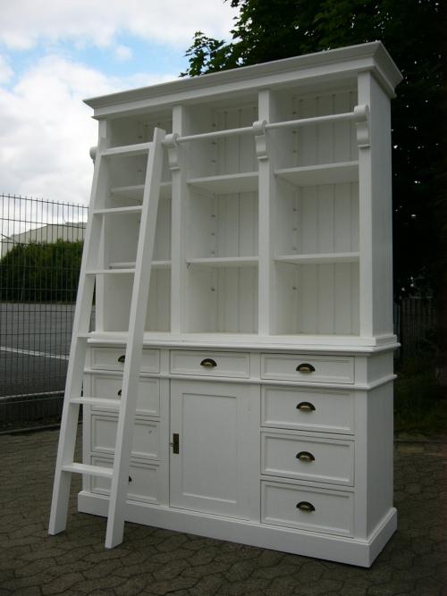 bibliothek b cherschrank b cherregal im landhaus look mit leiter. Black Bedroom Furniture Sets. Home Design Ideas