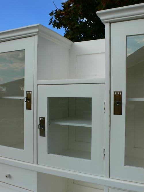 buffet k chenschrank jugendstil wei vitrine schrank um. Black Bedroom Furniture Sets. Home Design Ideas