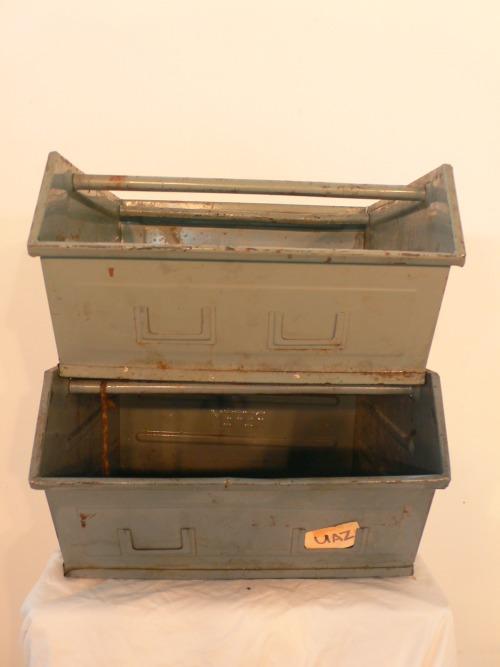 2 große Stapelschubladen Kästen Loft Industrie Design Metall um 1950