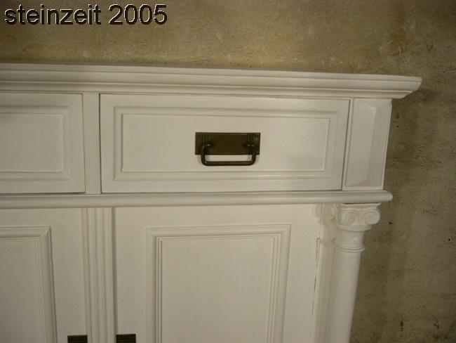 anrichte sideboard wei im landhaus stil mit s ulen nr 401296876285 oldthing gr nderzeitkommoden. Black Bedroom Furniture Sets. Home Design Ideas