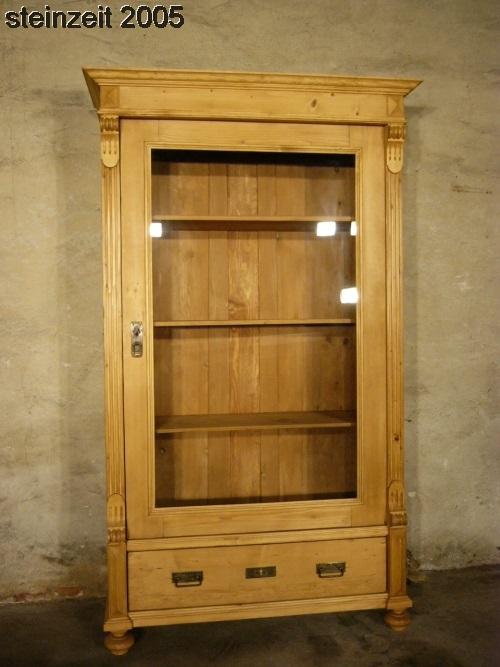 vitrine gr nderzeit antik weichholz schrankum 1900 jhd. Black Bedroom Furniture Sets. Home Design Ideas